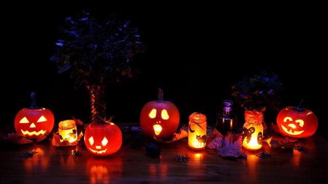 halloween-decoration-11300115203x1e