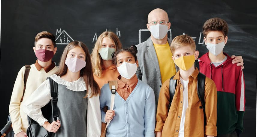 students_with_masks
