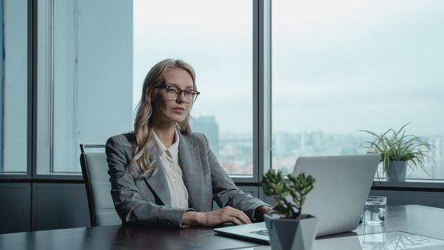 womanworker