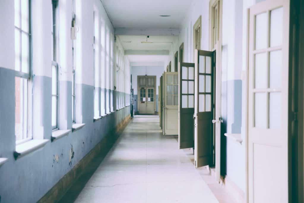 emptyschool_0-1024x682