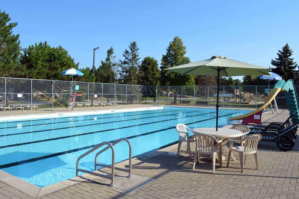 1140-pool-falgarwood