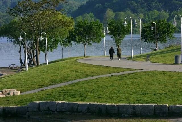 bayfrontpark-is