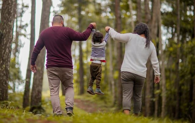 family-walking-file