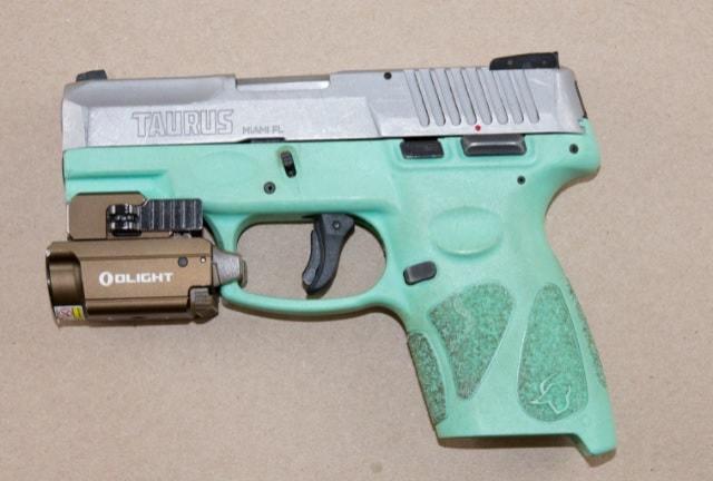 peelpolice-gun-is