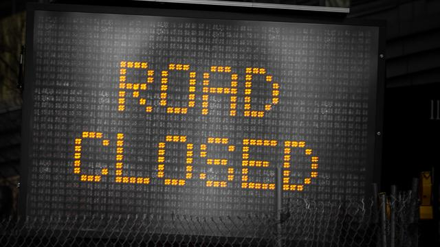 road_closed_0
