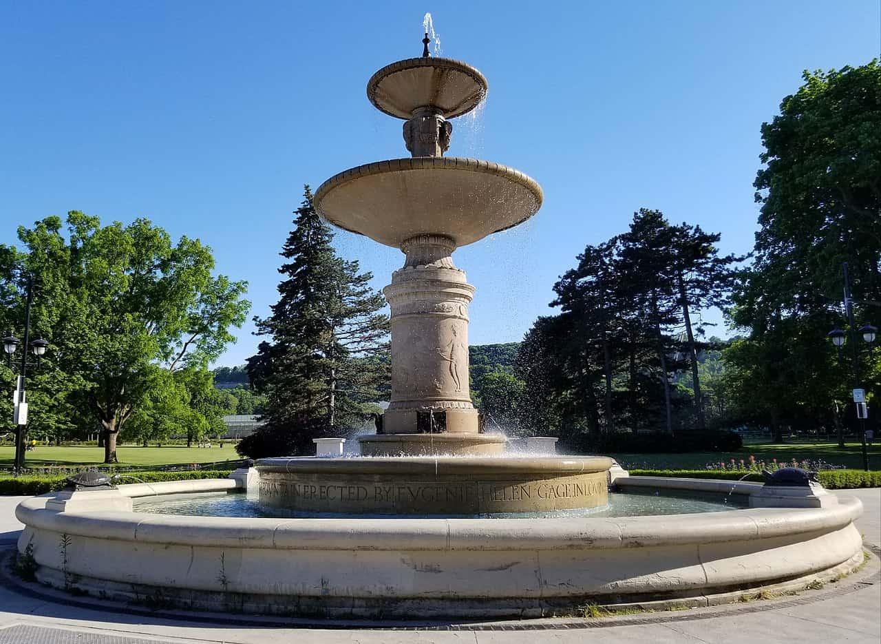 1280px-gage_park_fountain