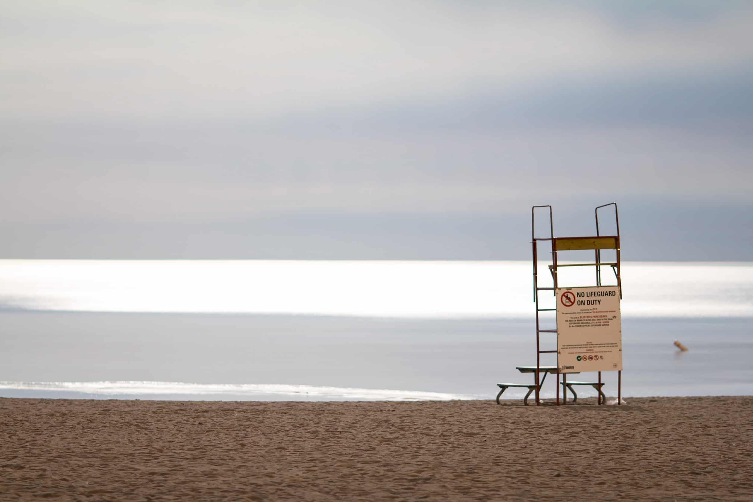 empty-bluffers-beach