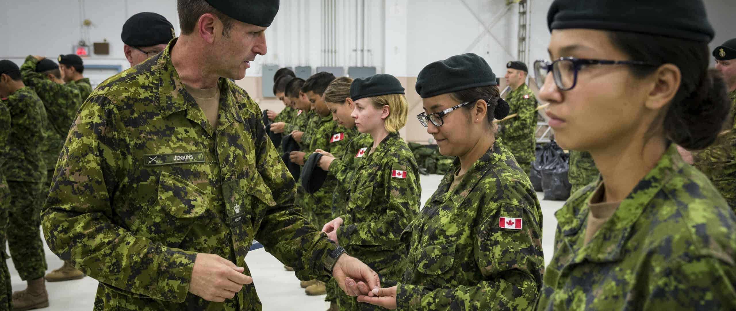 women_in_military