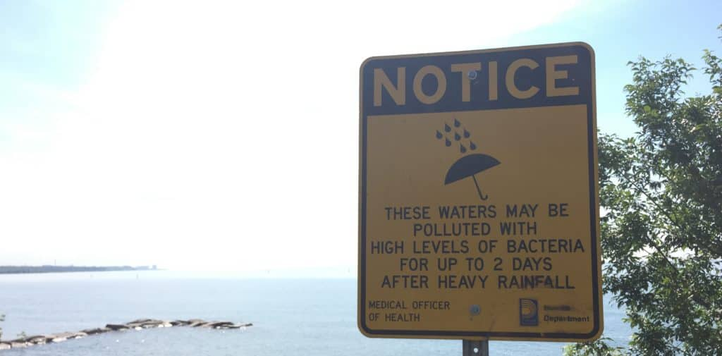 bacteria-water-levels-warning-lakeview-park-beach-postings-1024x505