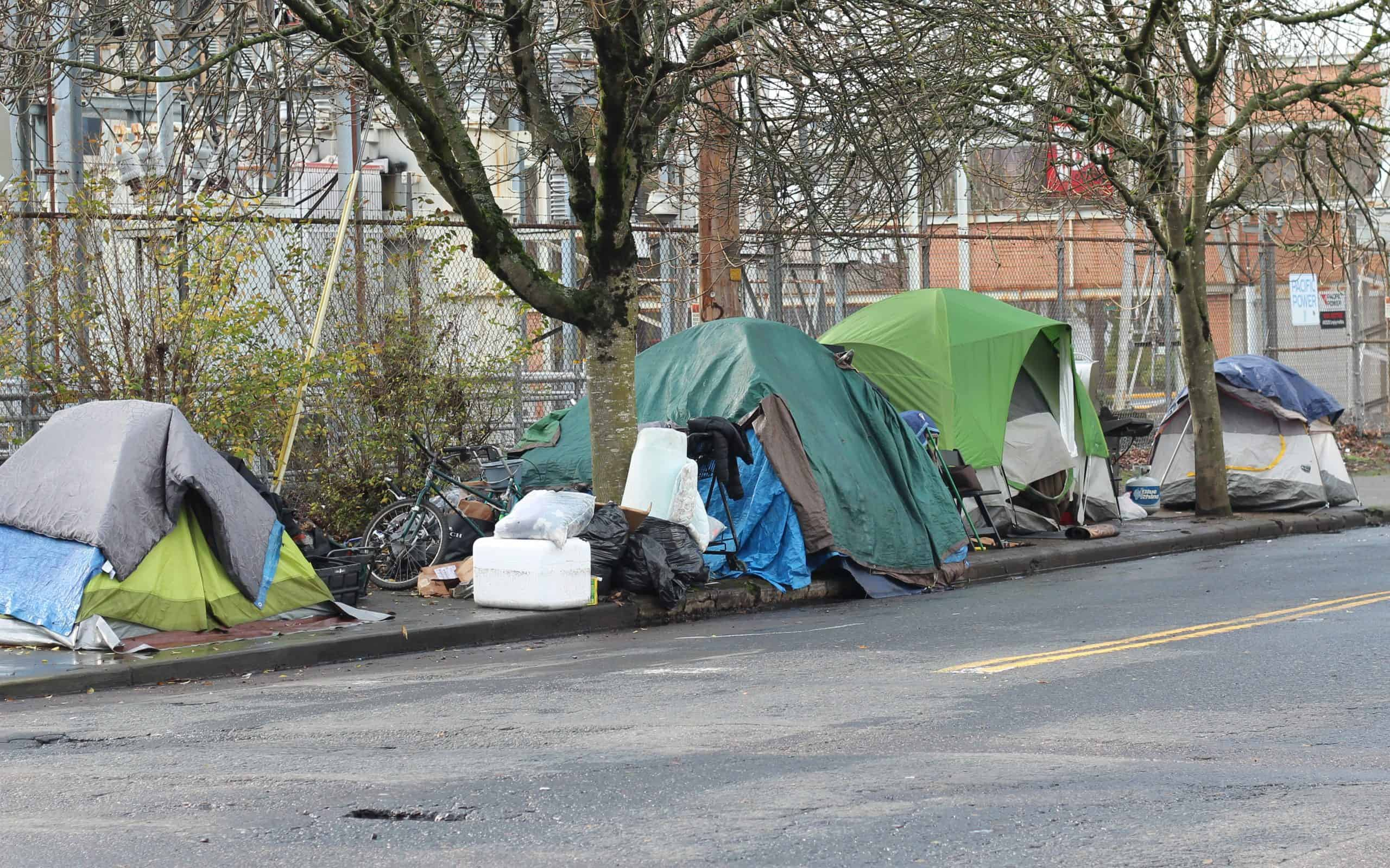 homeless_camp_tents