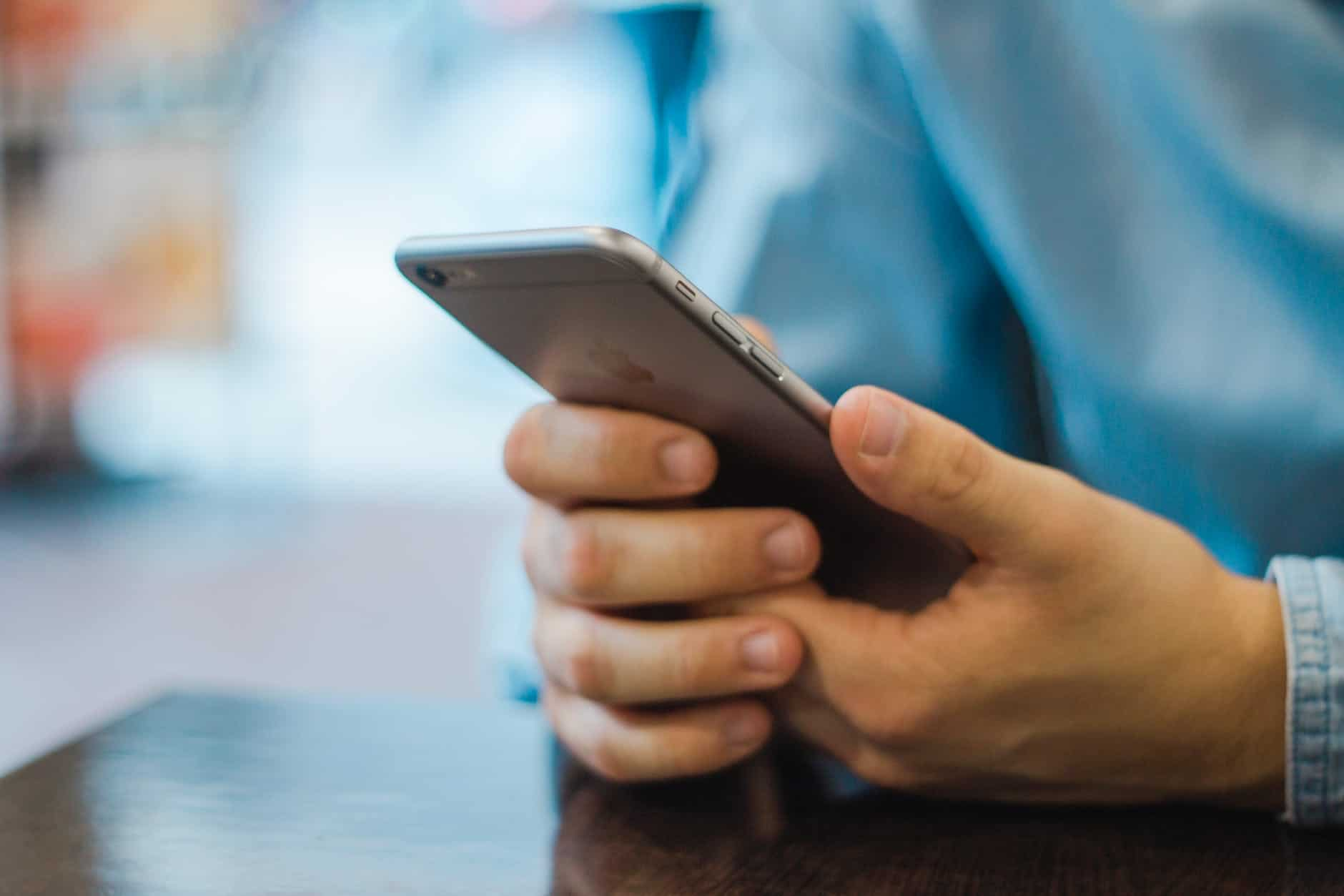 Raffle scam text addressing Mississauga and Brampton residents by name