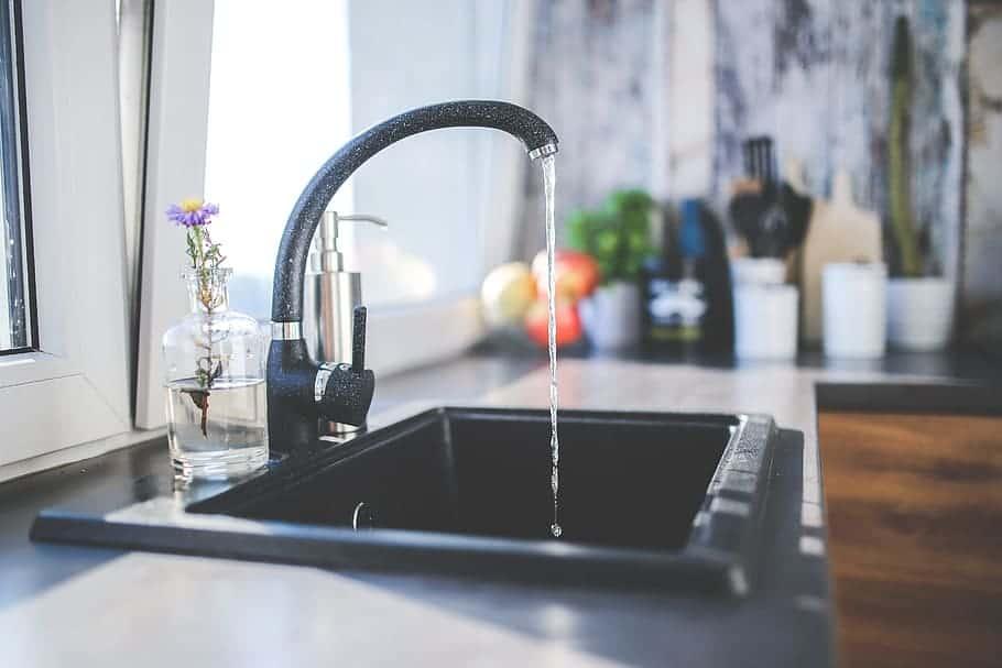 tap-black-faucet-kitchen