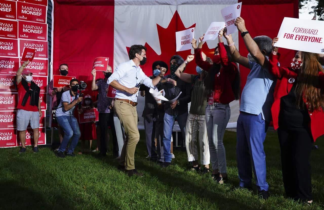 Trudeau elbowing fans